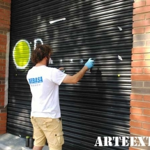 5_pintor_persianas_dibujo_espray_logo_sabadell_barcelona_decoracion_arte_extra