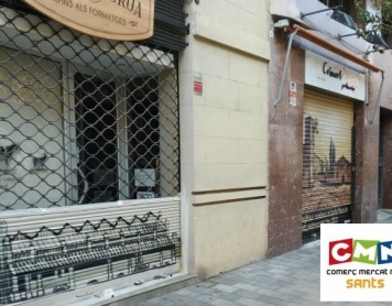 ArteExtra persianas metalicas decoradas con graffiti en Sants Barcelona