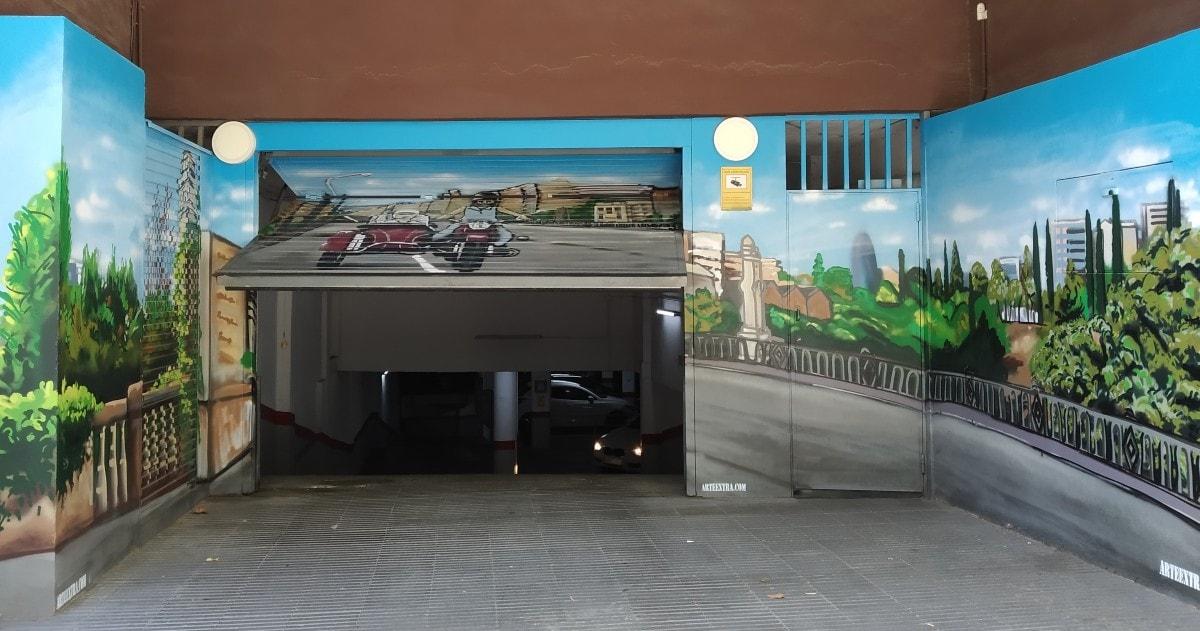 DE Decoracion profesional puerta persiana parking graffiti en Barcelona por