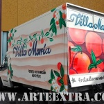 Decoración personalizada camión Villa Maria en Zona Franca Barcelona por ARTEEXTRA