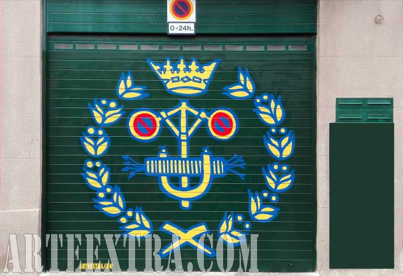 Decoración graffiti en persiana parking - Logo Colegio Ingenieros de Barcelona - Arte Extra 2017