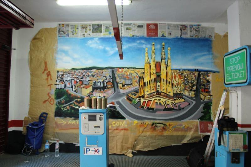 Decoración mural graffiti interior parking en Barcelona por ArteExtra