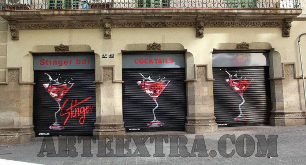 Decoración persiana Coctelería Stinger Barcelona - ArteExtra