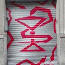 Decoración persiana graffiti en Barcelona