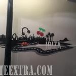 Decoración profesional mural Ibiza en restaurante Barcelona por ArteExtra