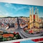 Mural en pared entrada parking vista Sagrada Familia Eixample Barcelona -ArteExtra