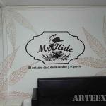 Mural logotipo en graffiti para interior oficina realizado rotuladores acrílicos en Barcelona - ArteExtra