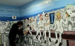 Mural interior en graffiti Mutua Universal Barcelona - ArteExtra