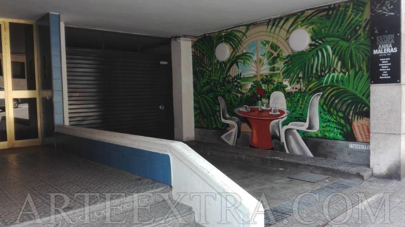 Mural profesional en pared parking c Tavern Sant Gervasi Barcelona - ArteExtra