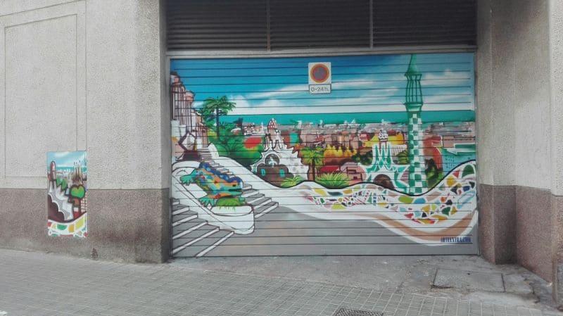 Parking Guinardó Barcelona decorado con Park Güell en graffiti por ArteExtra