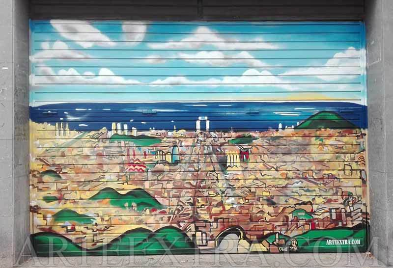 Graffiti panorámica Barcelona en puerta metálica parking Sagrera - ArteExtra