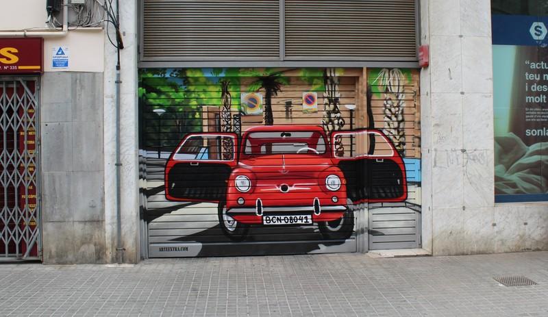 Parking decorado graffiti SEAT 600 puertas abiertas ArteExtra