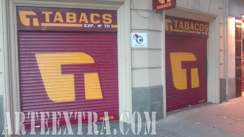 Persiana graffiti Estanco Tabaco Eixample Izquierdo 2017