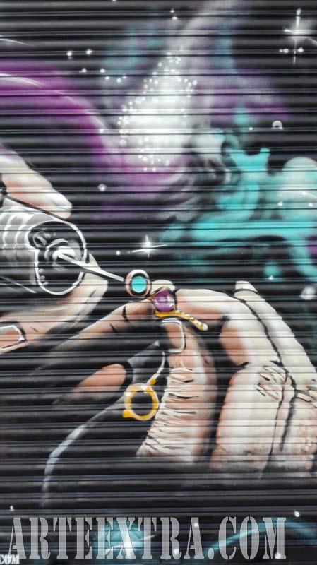 Persiana graffiti Joyería Sants Barcelona 2017
