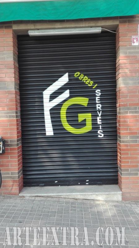 Persiana graffiti Obres i Serveis Renovent Sabadell 2017