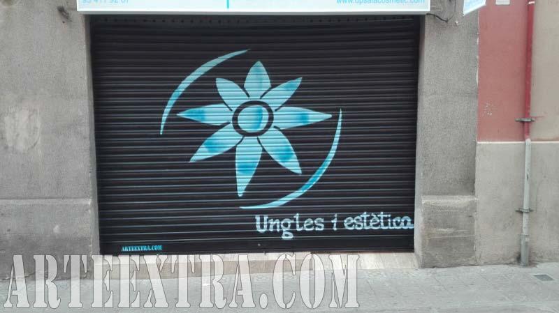 Persiana graffiti Ungles i Estètica Sants 2017