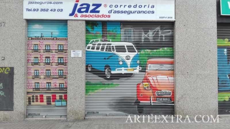 Persianas decoradas graffiti Correduria Seguros Barcelona - ArteExtra 2019