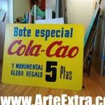 Reproducción gran tamaño cartel vintage Cola Cao en Barcelona por ArteExtra