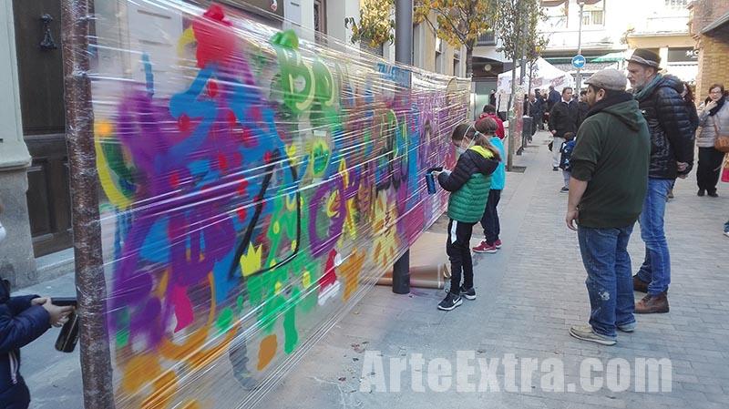 Taller graffiti en calle Barcelona por ARTEEXTRA