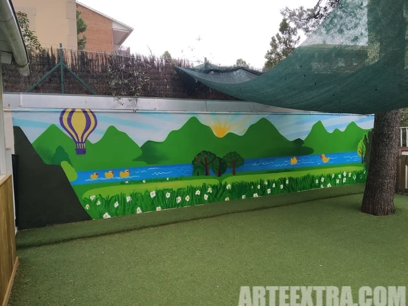 Trabajo graffiti ARTEEXTRA en Escuela Zurich 8