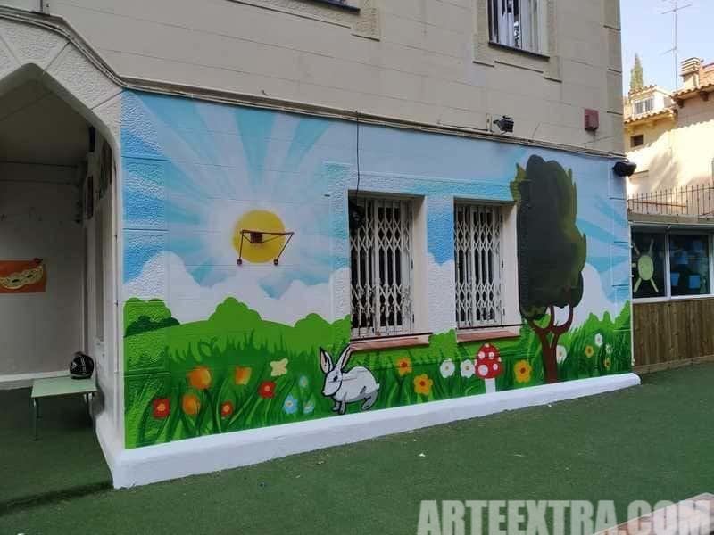 Trabajo graffiti ARTEEXTRA en Escuela Zurich 9
