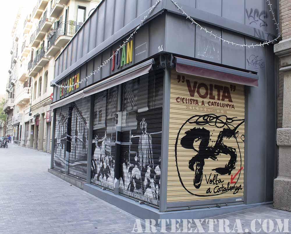 Vista persianas decoradas en Sants por ARTEEXTRA en graffiti