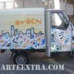 Detalle graffiti decoración personalizada de furgoneta en Barcelona por ARTEEXTRA