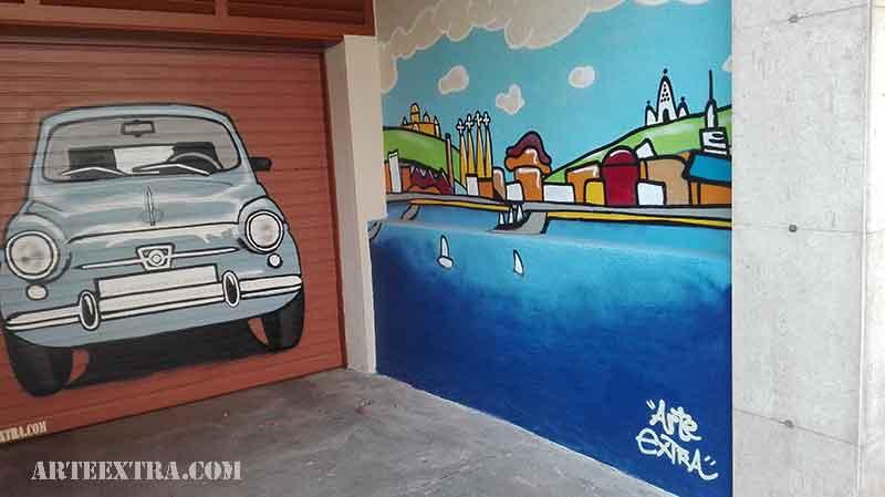 Puerta metálica y pared lateral parking decorada con 600 en espray graffiti Eixample Barcelona - ArteExtra - 2