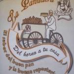 Publicidad mural de panadería en Navarra hecha con spray graffiti - ArteExtra