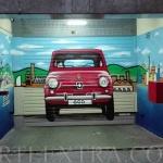 Puerta metálica parking en Les Corts Barcelona decorada en graffiti - ArteExtra