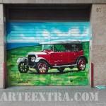 Decoración puerta parking en graffiti Barcelona - ArteExtra