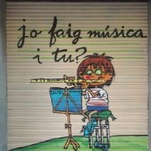 persiana_decoracion_escuela_de_musica_graffiti